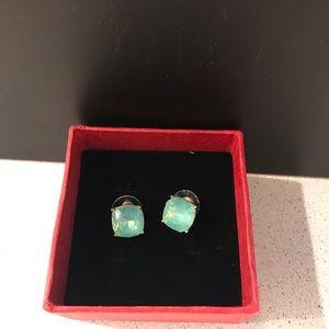 New Stunning Beautiful Crystal Stud Earrings